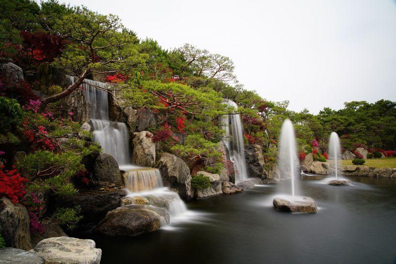 Kúpte si na záhradu vodnú dekoráciu