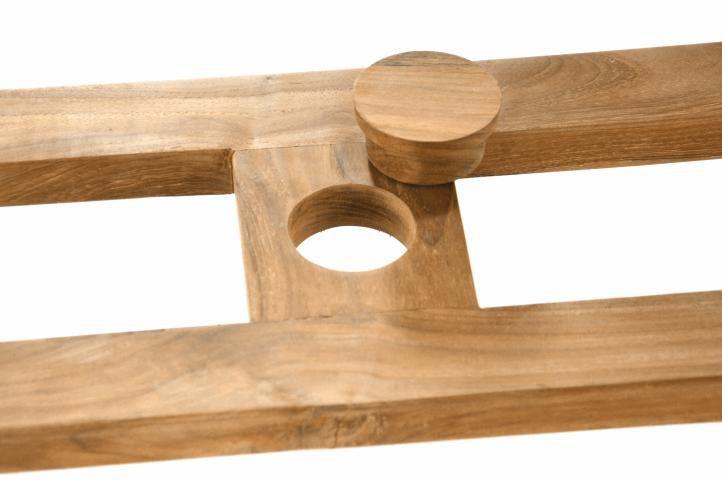 e33ac5e0043cc Robustný rozšíriteľný stôl vyrobený z kvalitného teakového dreva.