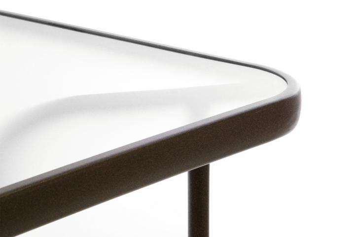 Záhradný stolík so sklenenou doskou 110 x 60 x 72 cm