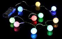 Vianočná dekoratívna reťaz - svetelné gule - 10 LED farebné