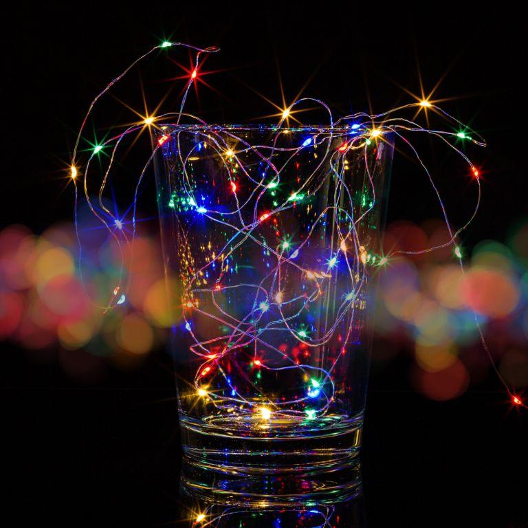 Sada 2 kusov svetelných drôtov 200 LED - farebná