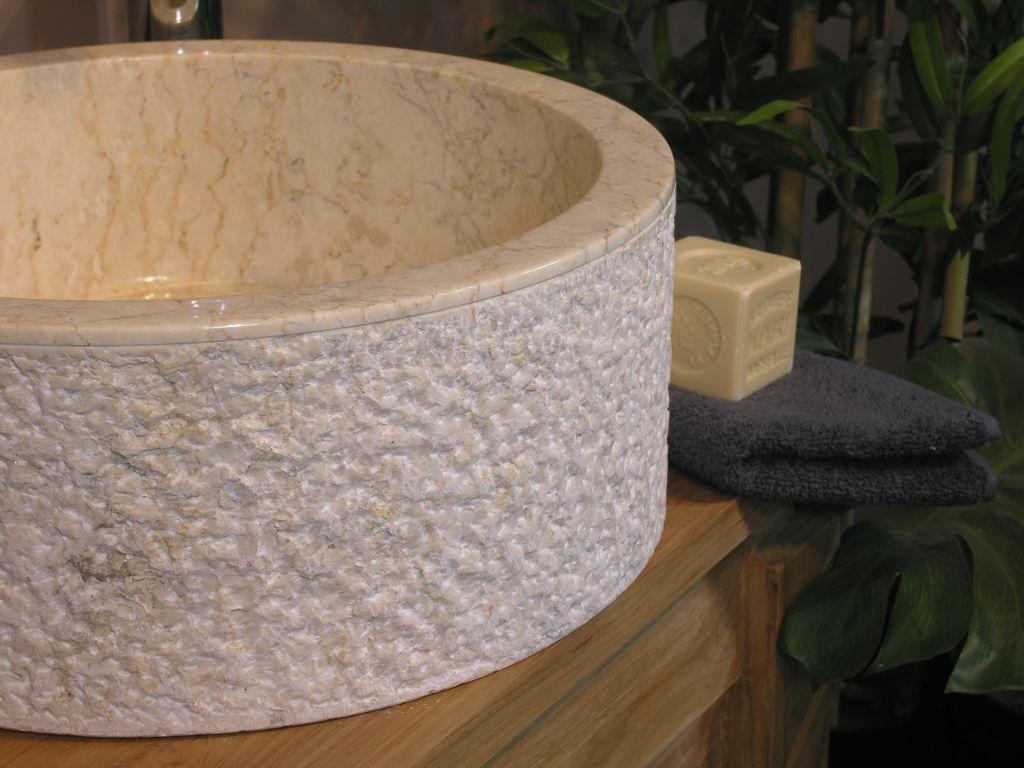 Umývadlo z prírodného kameňa MIRUM 509 Ø 45 cm Cream