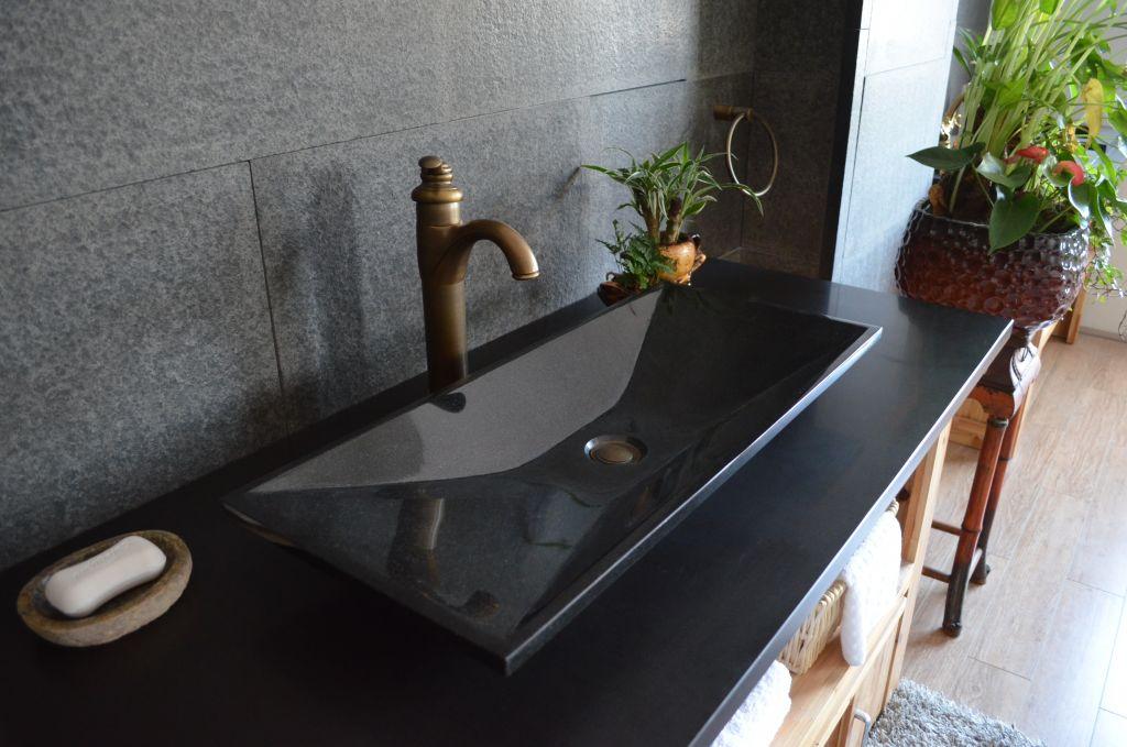 Kamenné umývadlo z žuly Erato